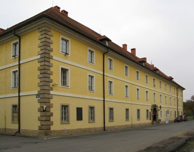 Building of the Magdeburg Barracks
